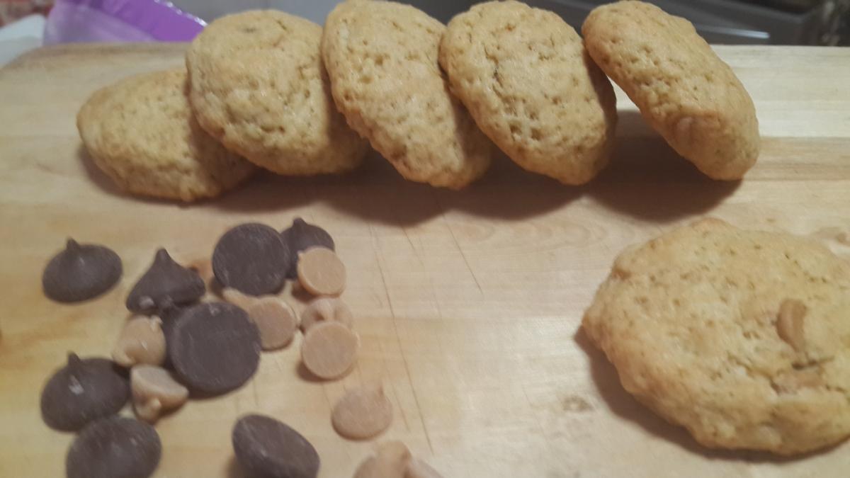 עוגיות הפרעה כפייתית ושוקולד צ'יפס