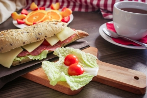 fresh-baguette-breakfast-picjumbo-com